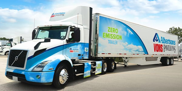 Volvo VNR Electric Albertsons Parked-600x3000px